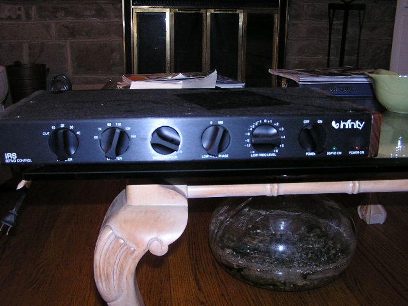 Infinity IRS Beta Speakers w/ Servo Controller