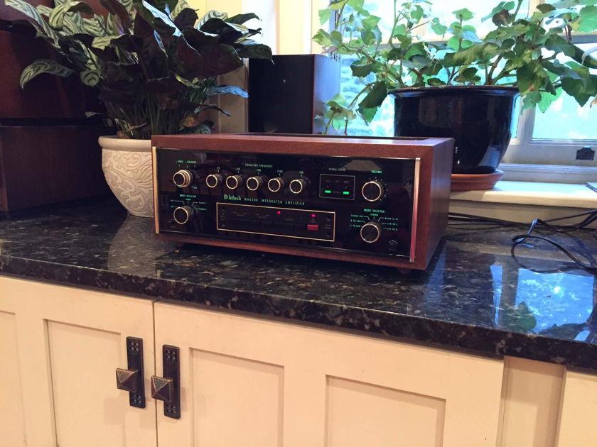 McIntosh MA6200 preamp/amplifier