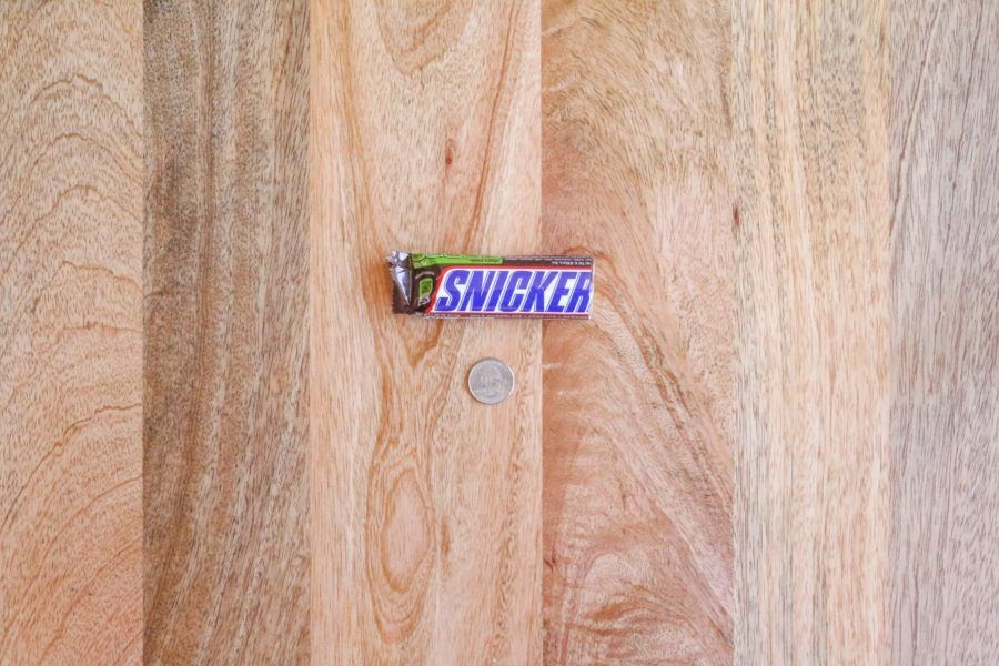 Snickers candy bar.jpg