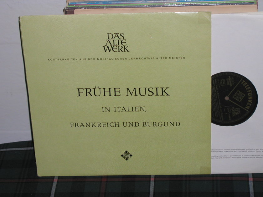 Studio Of French Music - French Music in Italian Telefunken royal sound black/g