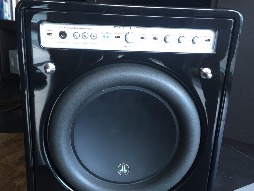 JL Audio F 110 v1 Like new