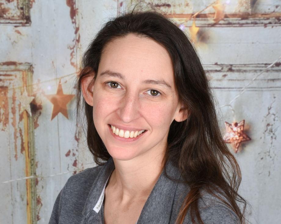 Alyssa Roberts , Infant Teacher