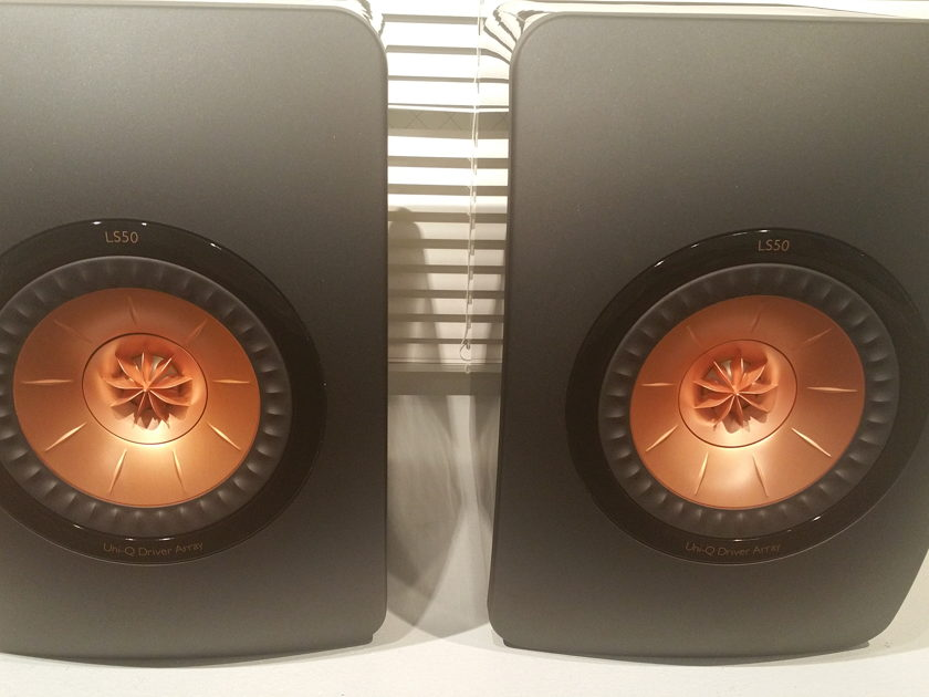 KEF LS-50 Demo Pair Black