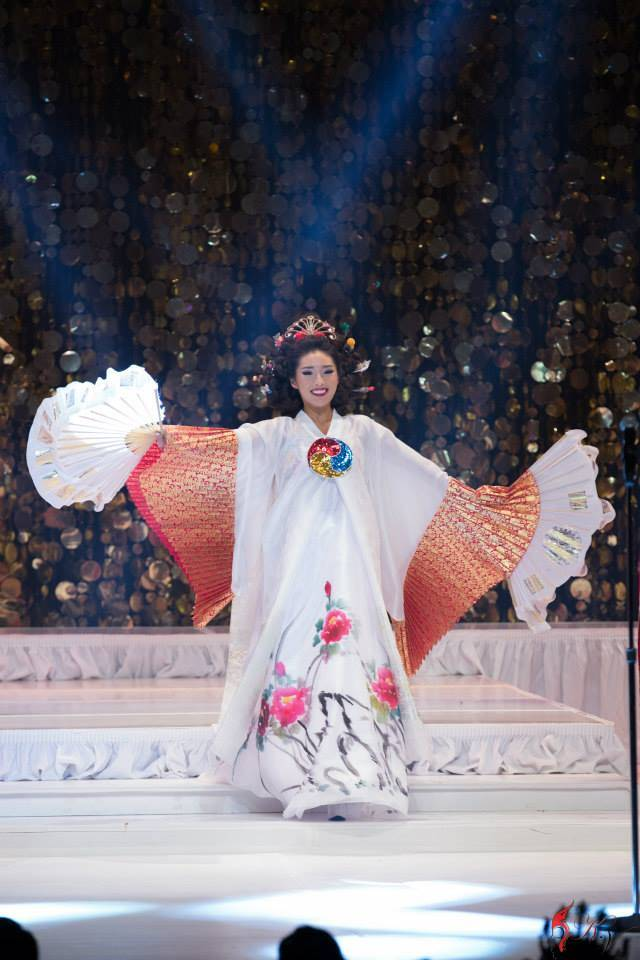 KOREAN TRADITIONAL PAEBAEK TEA CEREMONY BRIDE