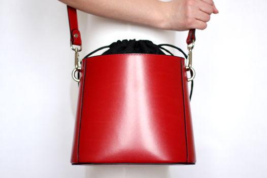 Красная кожаная сумка Lilou