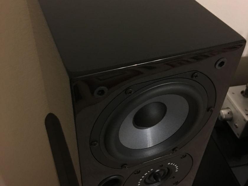 Polk Audio LSI-25 Excellent Condition