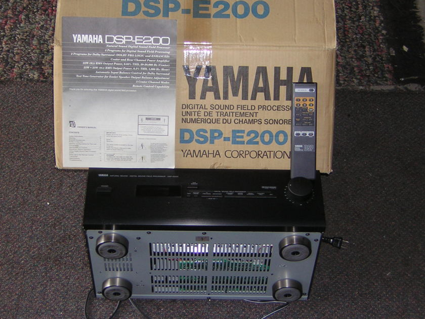 YAMAHA DSP-E200 DIGITAL SOUND FIELD PROCESSOR