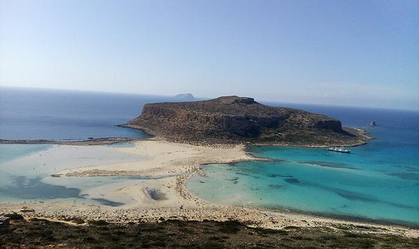 Голубая лагуна Балос и пиратский остров Грамвуса