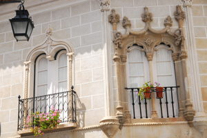 Juicy Wine Tasting in Evora Private Tour - 4 Persons