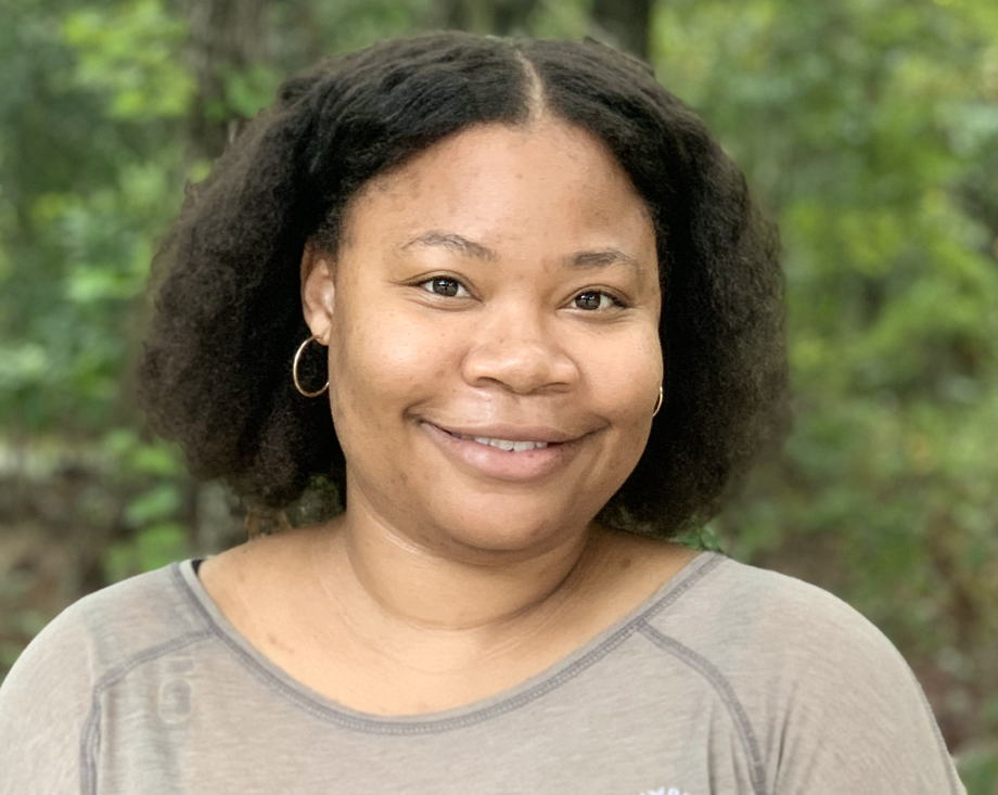 Ms. Lindie Aaron , Older Infant Teacher