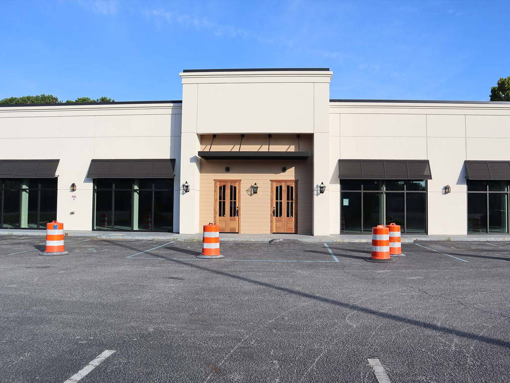 Construction of New Charleston Amish Furniture Showroom and Warehouse Exterior