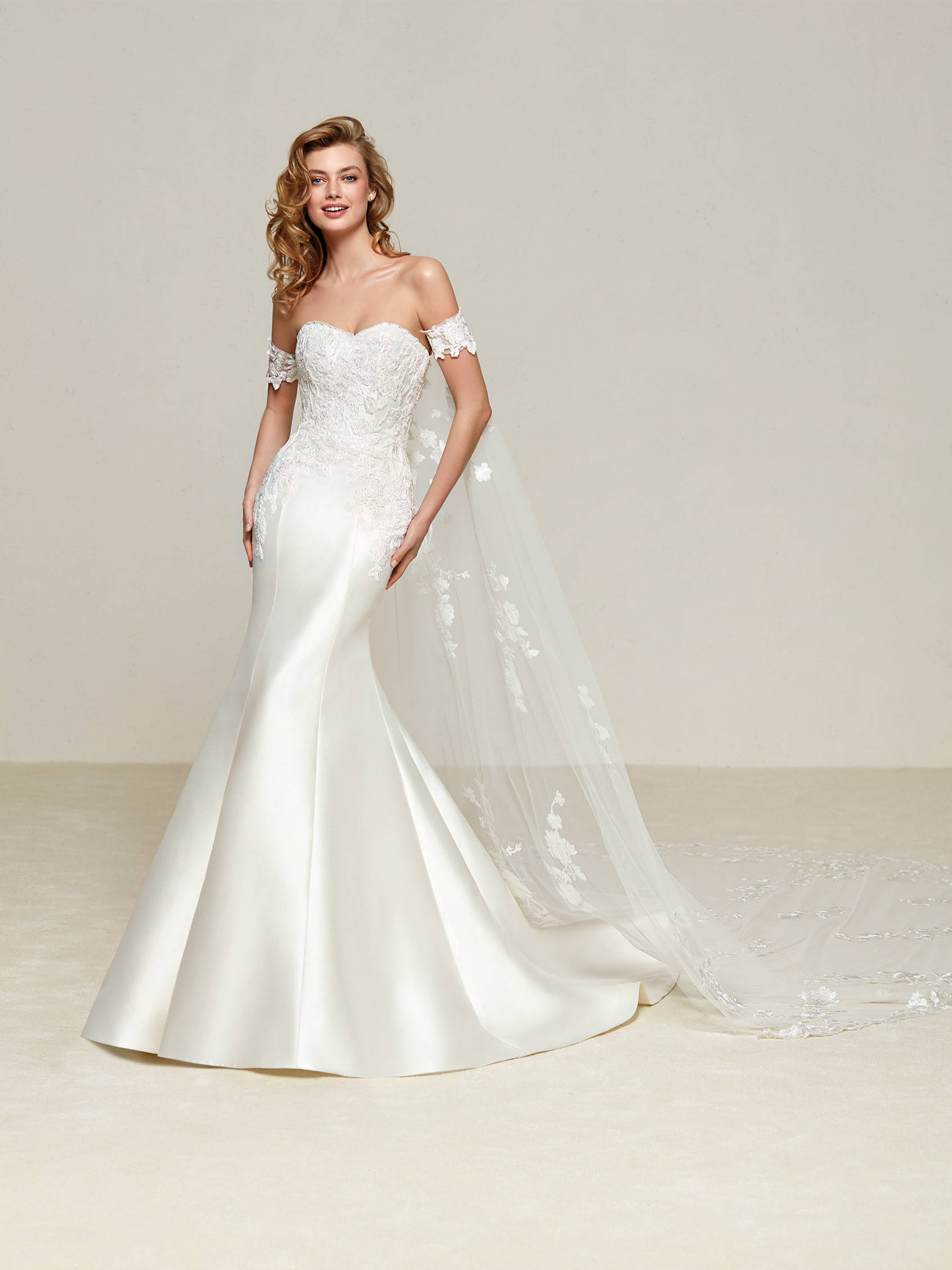 PRONOVIAS DRILEAS DRESS