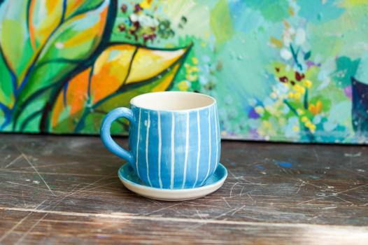 Авторская чашка для эспрессо с блюдцем голубого цвета