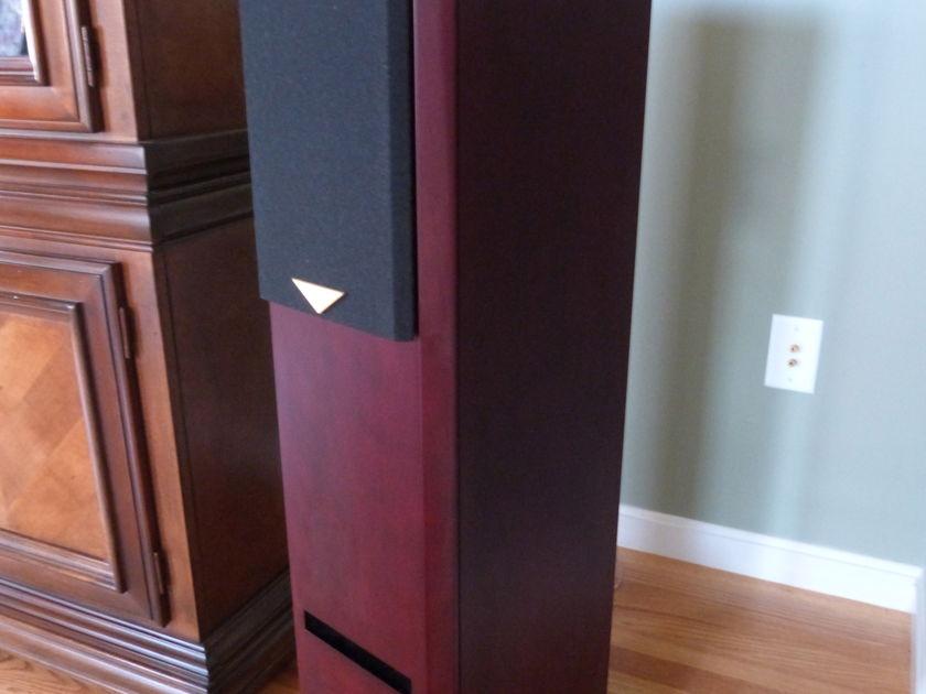 Usher Audio  V-602 Floor standing Speakers Mahogany - Mint!