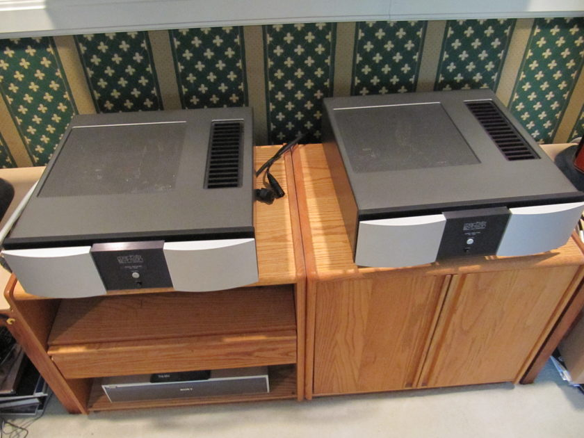 Mark Levinson 434 Mono Amplifiers   Price Lowered