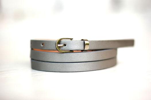 Узкий кожаный ремень (серебряный)
