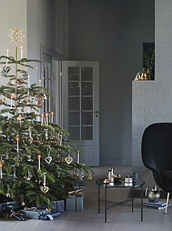 Hamburg - GJ_AW19_HOME_CHRISTMAS_1 700x942.jpg