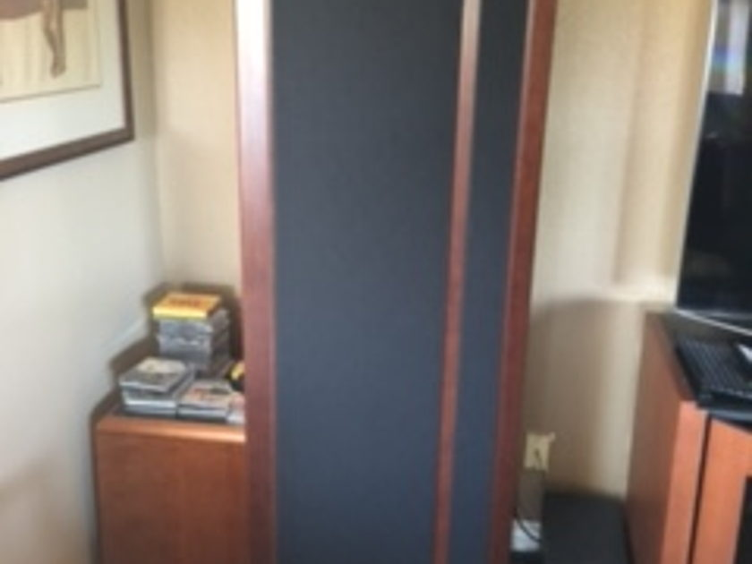 Magnepan 3.7 i  Speakers       Upgraded Cherry/Black Cloth - Like New