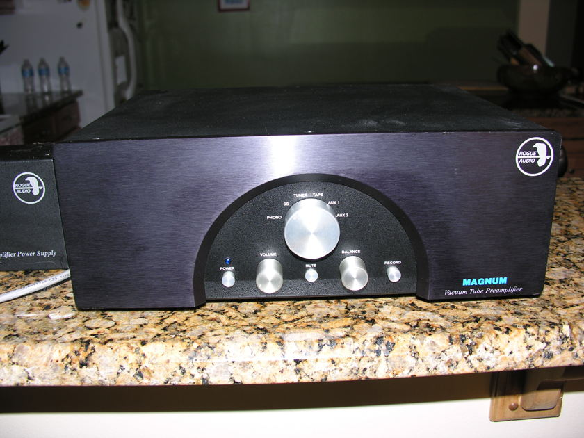 Rogue Magnum 66 phono preamp