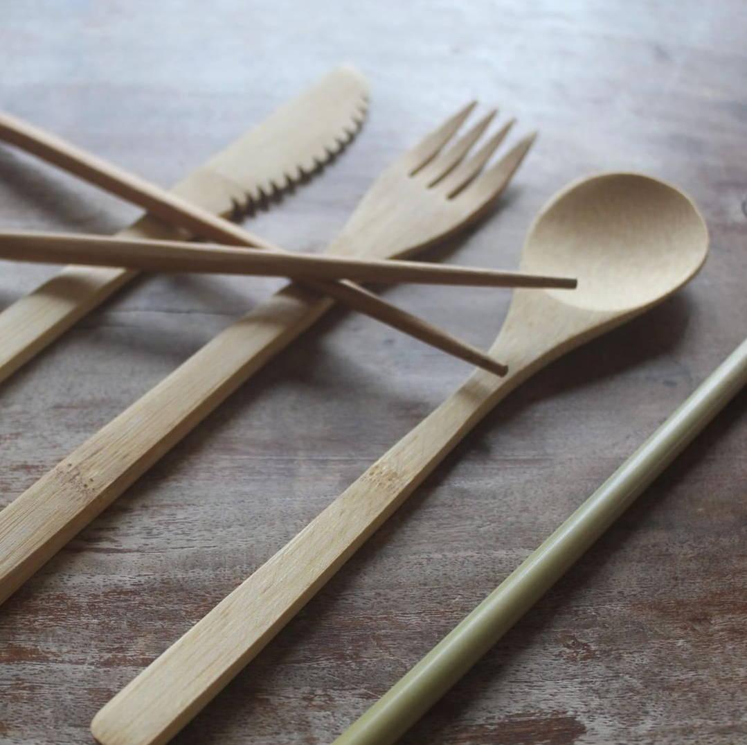 couverts-bambou-plastique-recyclable-reutilisable-biodegradable-zero-dechets-ecologique-eco-friendly-bio-naturel
