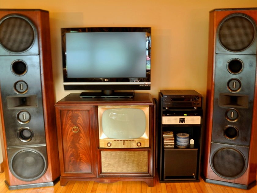 Linn Audio of NH Reference Granite Mahogany Beauties