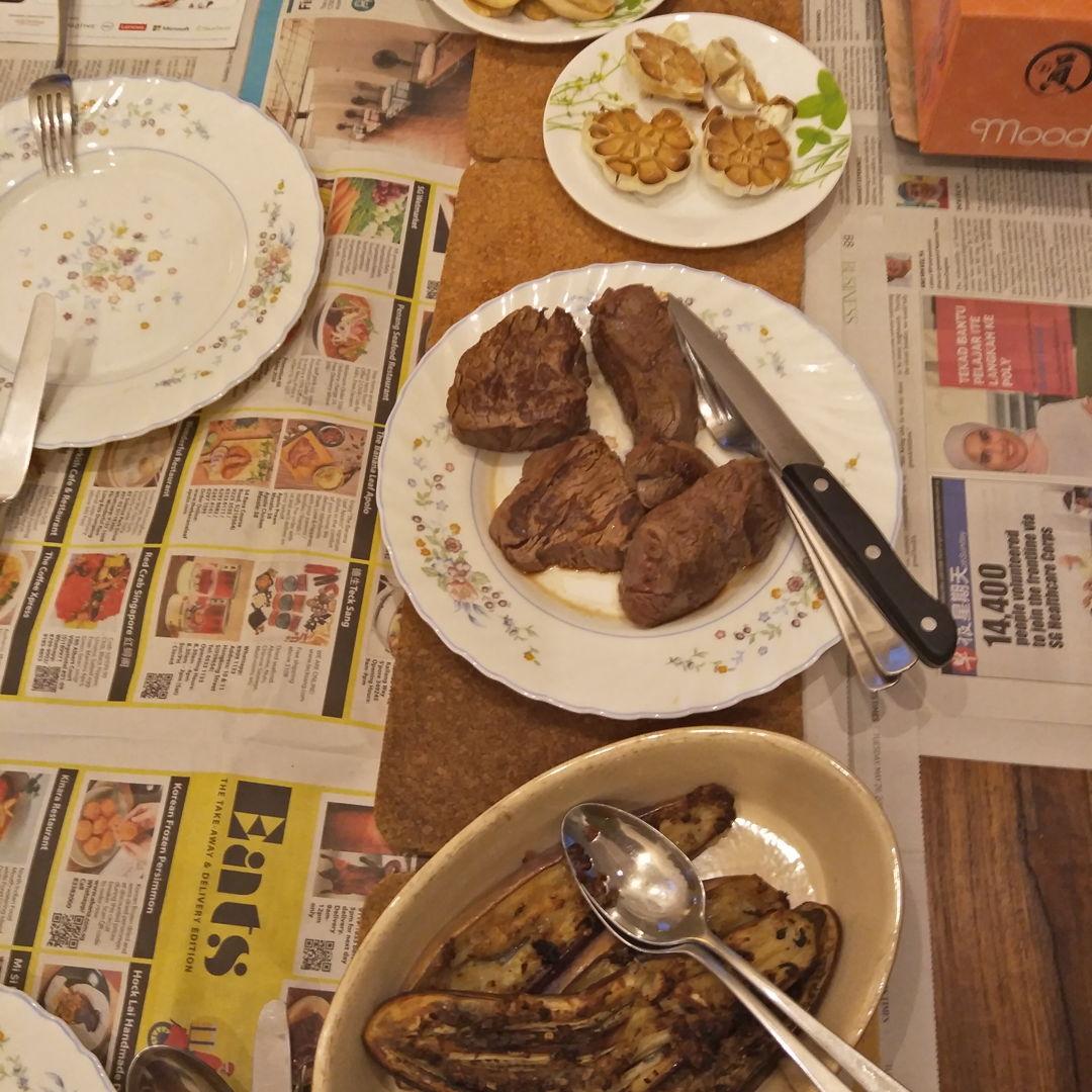 fillet steak (medium rare) with roast garlic, grilled garlic crusted eggplant and grilled mushrooms - super yummy!