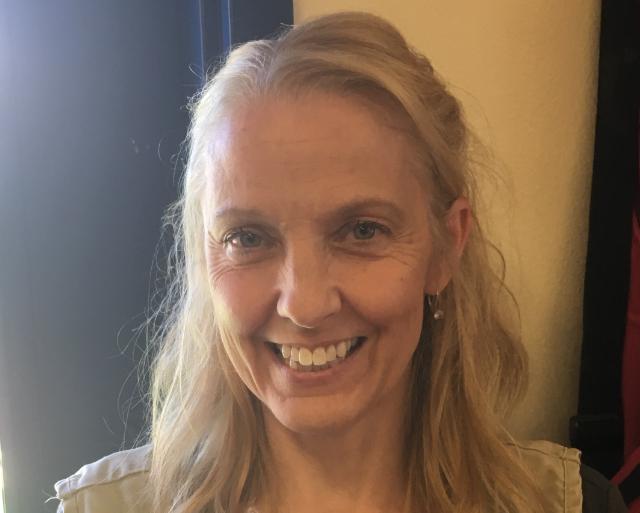Ms. Julie Kaplan , Assistant Teacher - Float