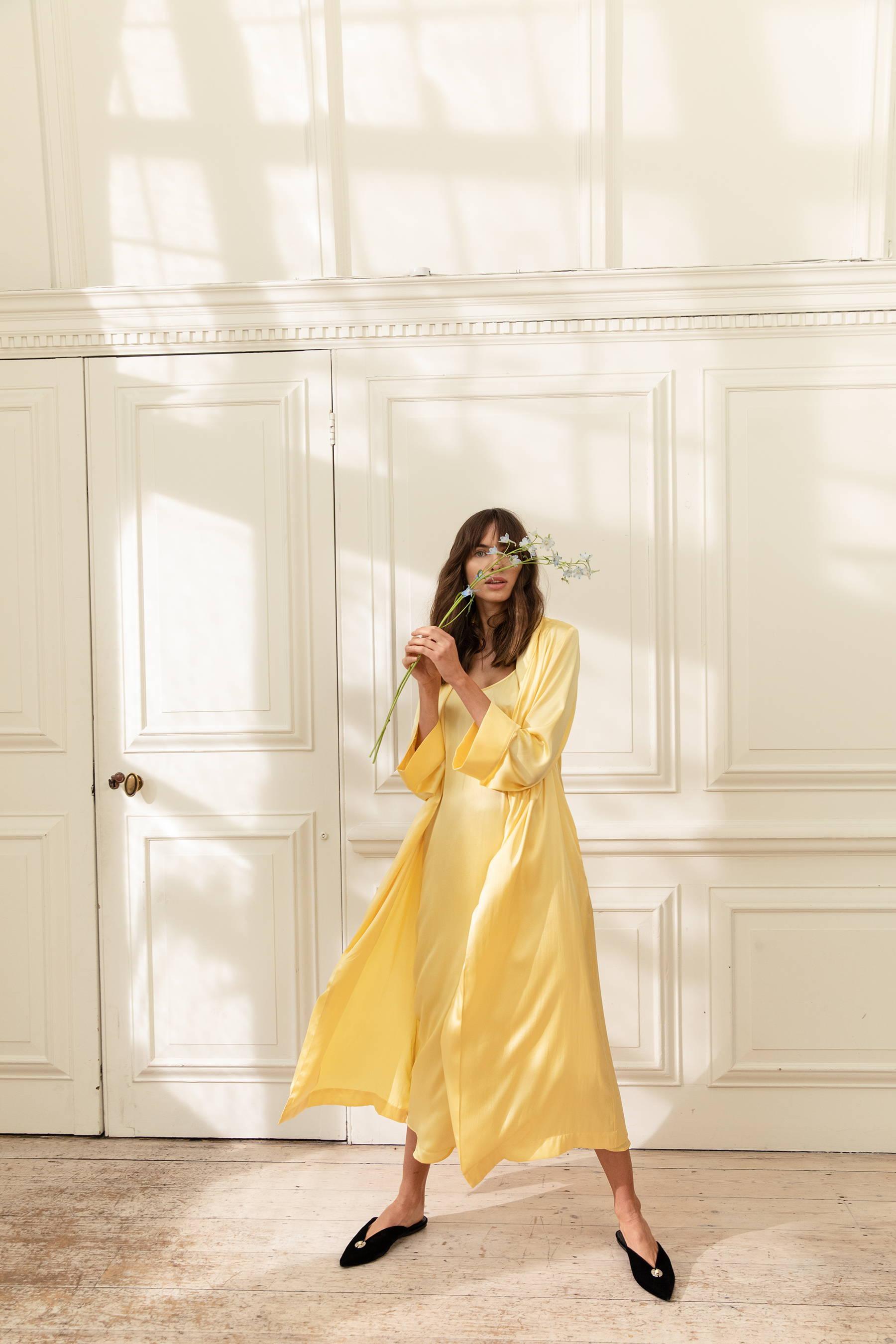 YOLKE SS19 - Marianne Scarlet Classic Silk PJ Set