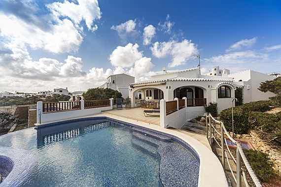 Mahón - As the owner of this house in Menorca you can experience the most beautiful sunsets