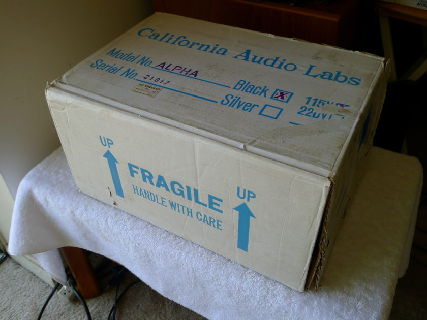 "CALIFORNIA AUDIO LABS  ""ALPHA""  TRANSPORT ONE OWNER - MINT CONDITION"