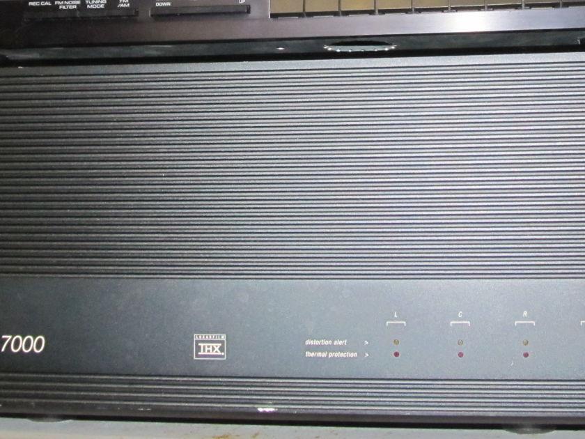 Adcom power amp GFA-7000 multi-channel THX 130 watts rms - 4 channels