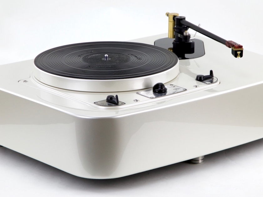 Garrard 301 Classic Audi Pearlescent White by Artisan Fidelity