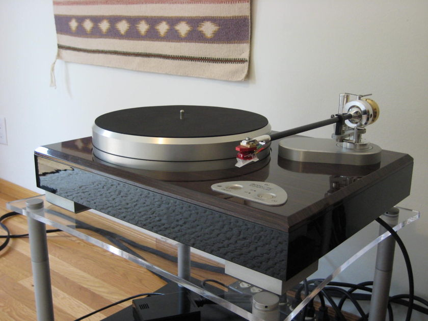 Clearaudio Ambient Solo Turntable Gene Rubin Audio #1 since 1979