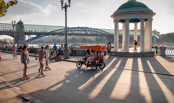 Утренняя прогулка по Москве-реке за 99 рублей