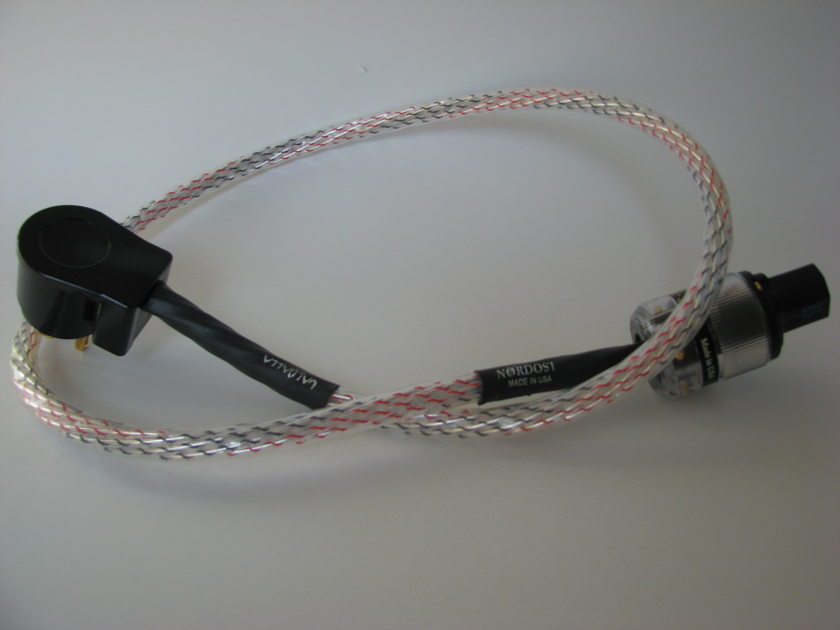Nordost Valhalla AC Power Cable  1 Meter US 90 Degrees Plug Excellent Condition