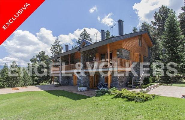 Houses, flats, land for sale in Alp, La Molina, Masella