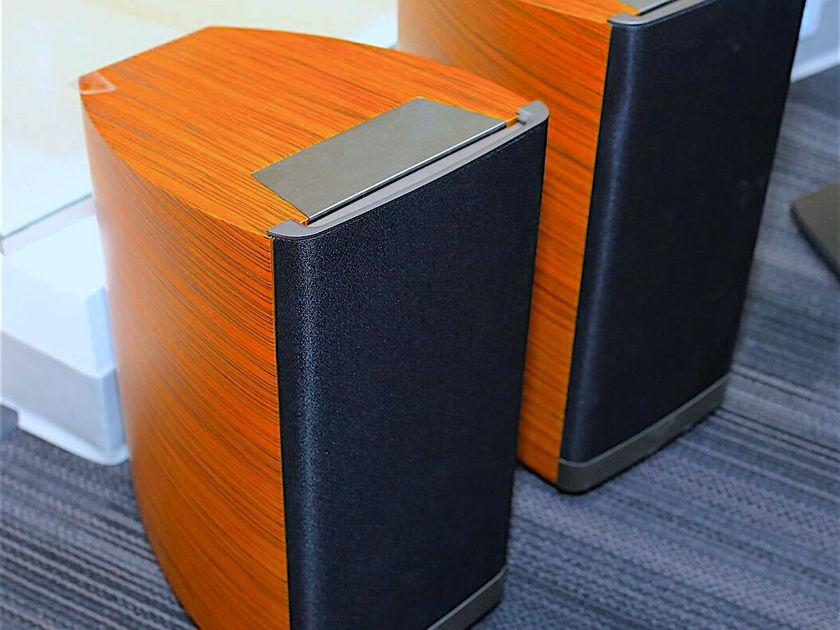 Klipsch Palladium P-17b Bookshelf Speakers (Natural finish-PAIR w. Manufacturer's Warranty