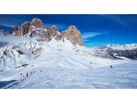 Alta Badia Dolomites Ski Race Camp Italy, Winter 2018-2019