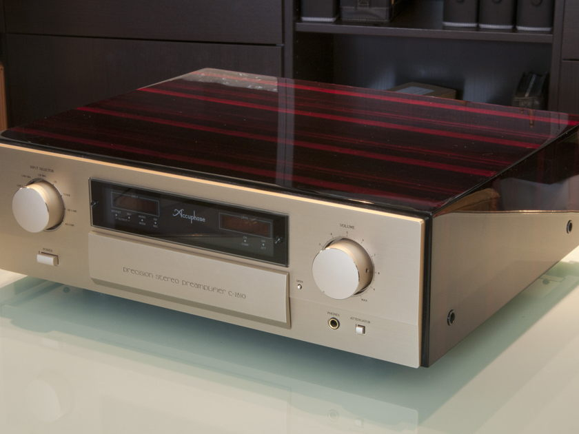 Accuphase C-2810 Preamplifier REDUCED