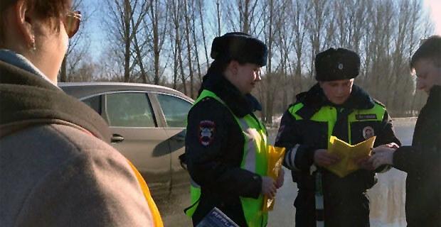 Ульяновские водители прямо на дороге получали подарки от «Радио Шансон» - Новости радио OnAir.ru