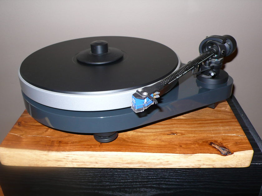 Project RM-5 se turntable with Sumiko BPII cartridge