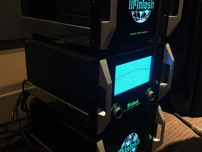 McIntosh MC-2KW Reference Monoblock Power Amplifier