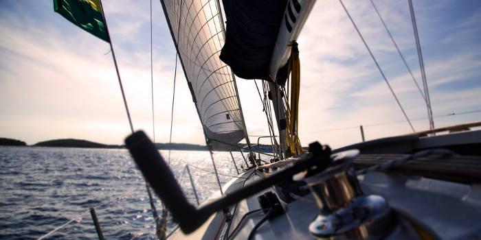En sejlbåd, som altså henviser til den frihed man kan få hvis man har en god pensionsopsparing