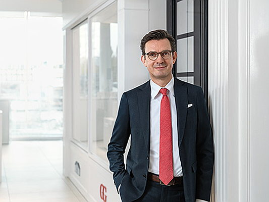Sintra - The right way to invest in real estate: Engel & Völkers board member Kai Enders names four factors for a successful investment strategy