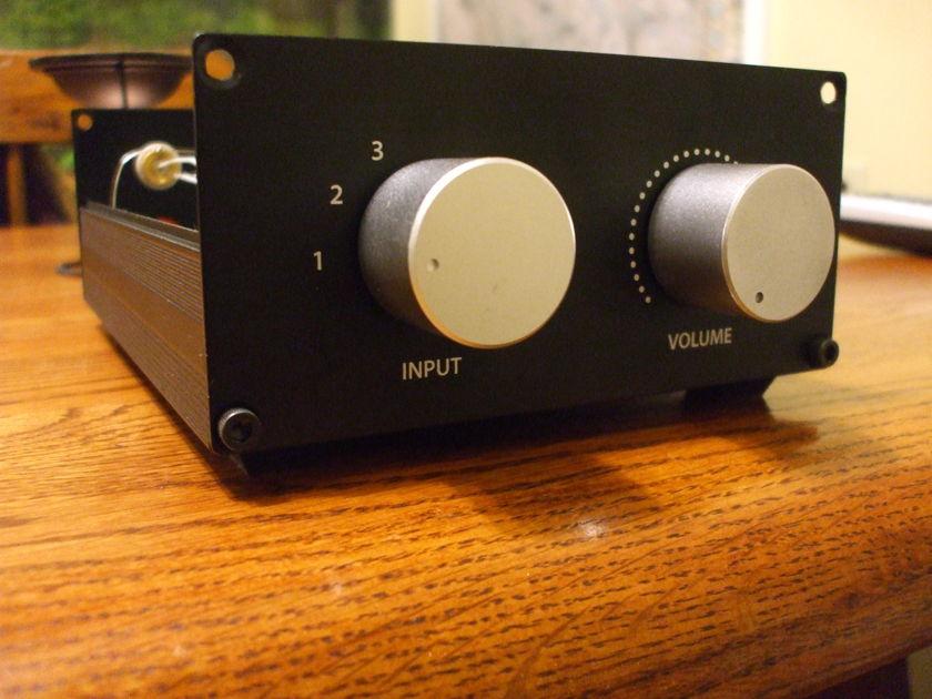 Passive pre amp RCA