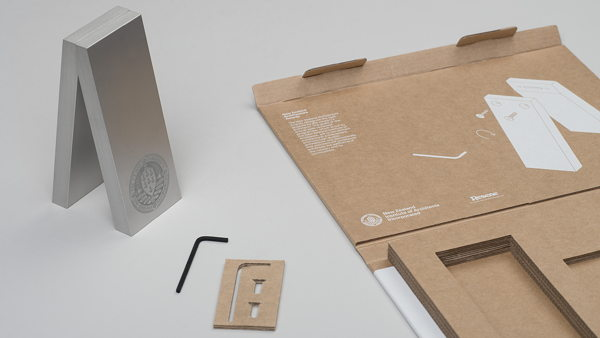 NZIA. Awards trophy packaging