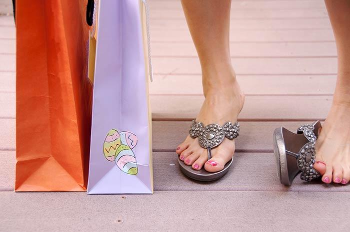 Flip Flops Offer No Arch Support