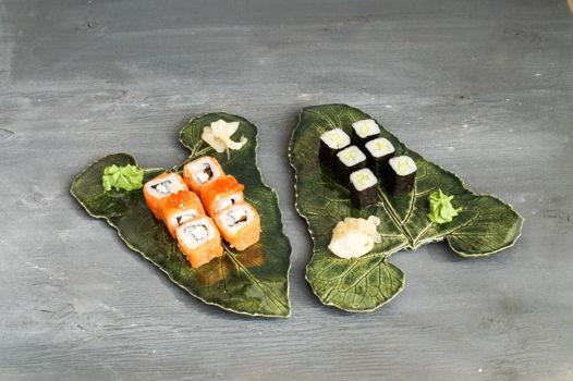 Сервировочное блюдо-лист, как настоящее