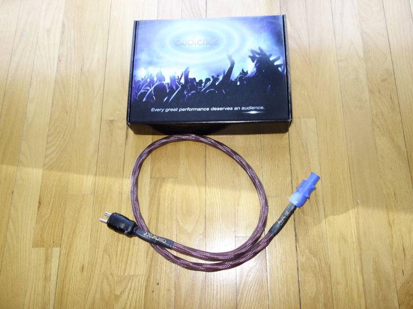 Audience AU24 SE  6ft with Neutrik connector