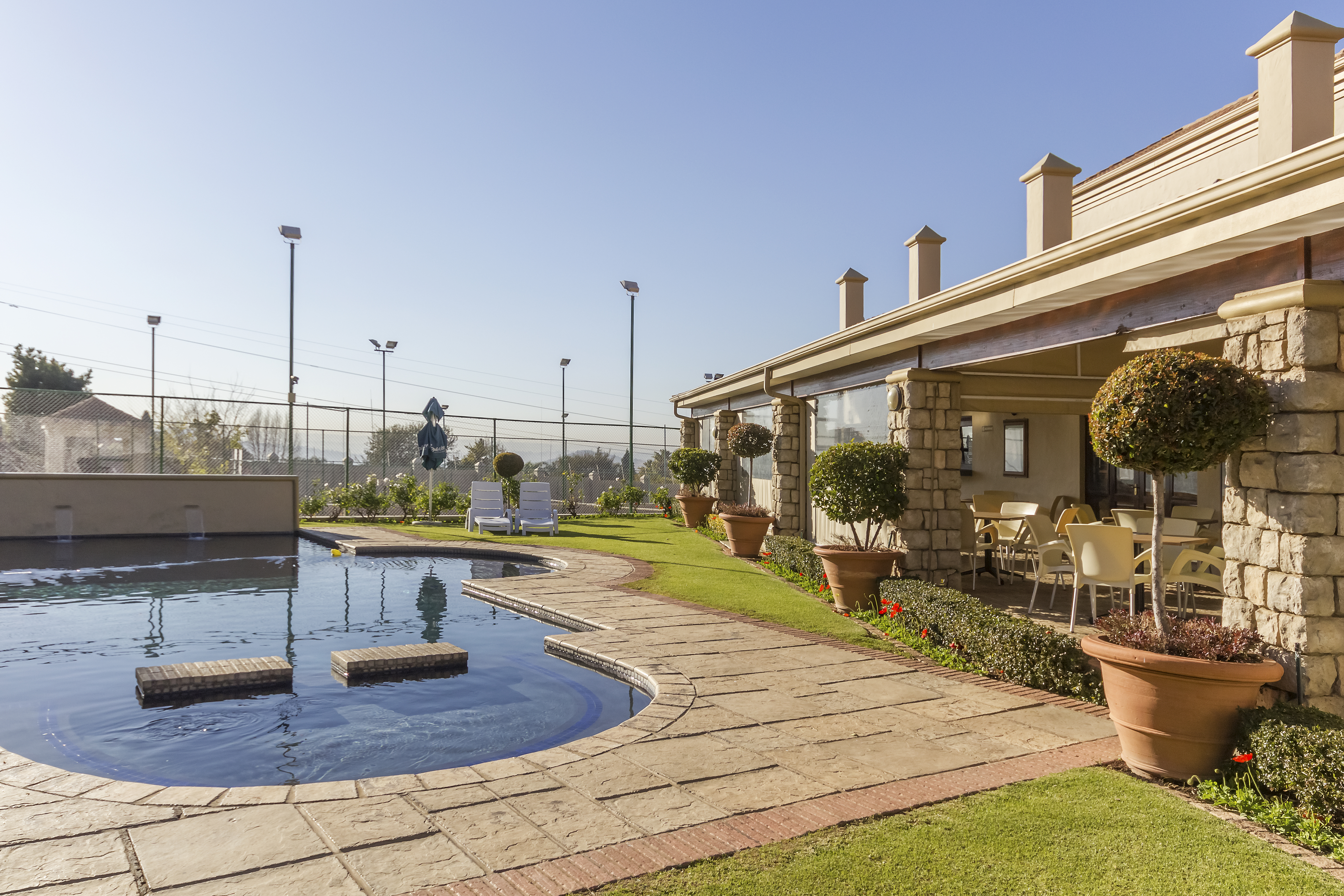 The Straight, Lonehill - Lonehill Lifestyle Estate